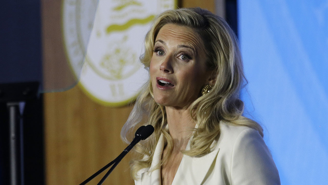 Californias new first partner Jennifer Siebel Newsom speaks at the inauguration of her husband, Gov. Gavin Newsom in Sacramento on Monday, Jan. 10, 2019.
