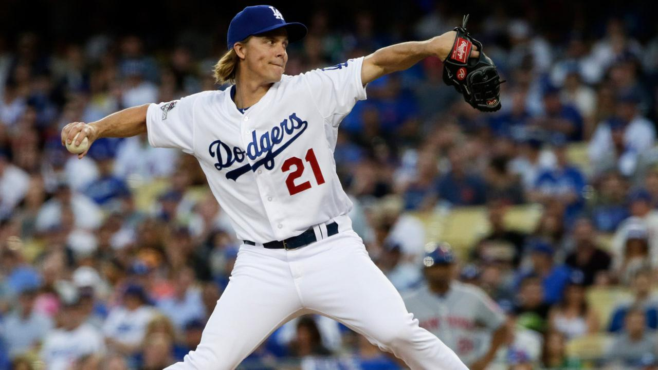 Los Angeles Dodgers starting pitcher Zack Greinke throws to the New York Mets in Game 2 of baseballs National League Division Series, Saturday, Oct. 10, 2015 in Los Angeles.