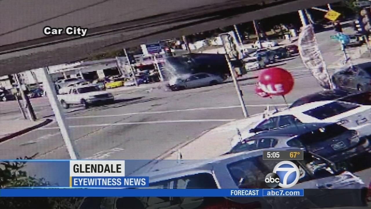 VIDEO: Glendale crash critically injures 2   abc7.com