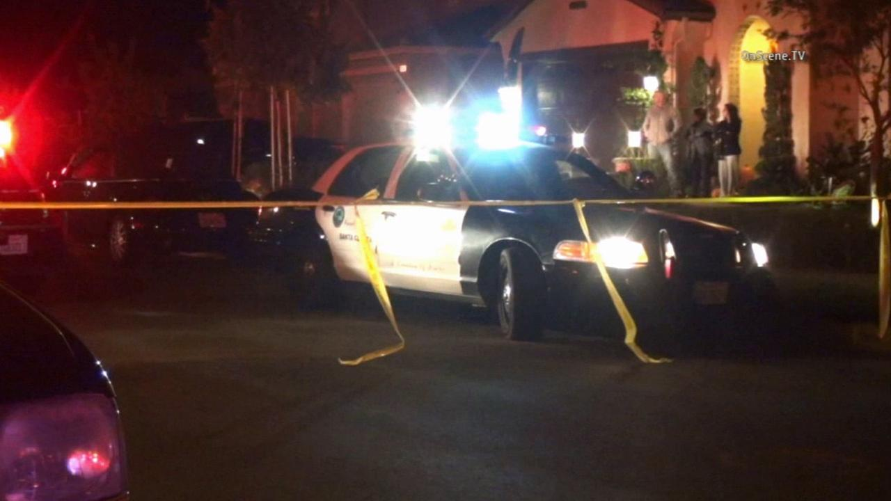 Los Angeles County sheriffs deputies responded to a shooting in a home in Valencia on Sunday, Nov. 15, 2015.