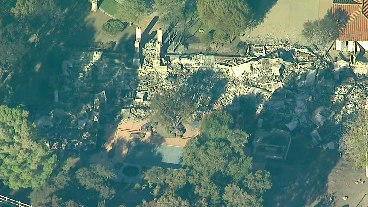 Apparent fire-related death investigation underway in Woolsey Fire burn area in Agoura Hills