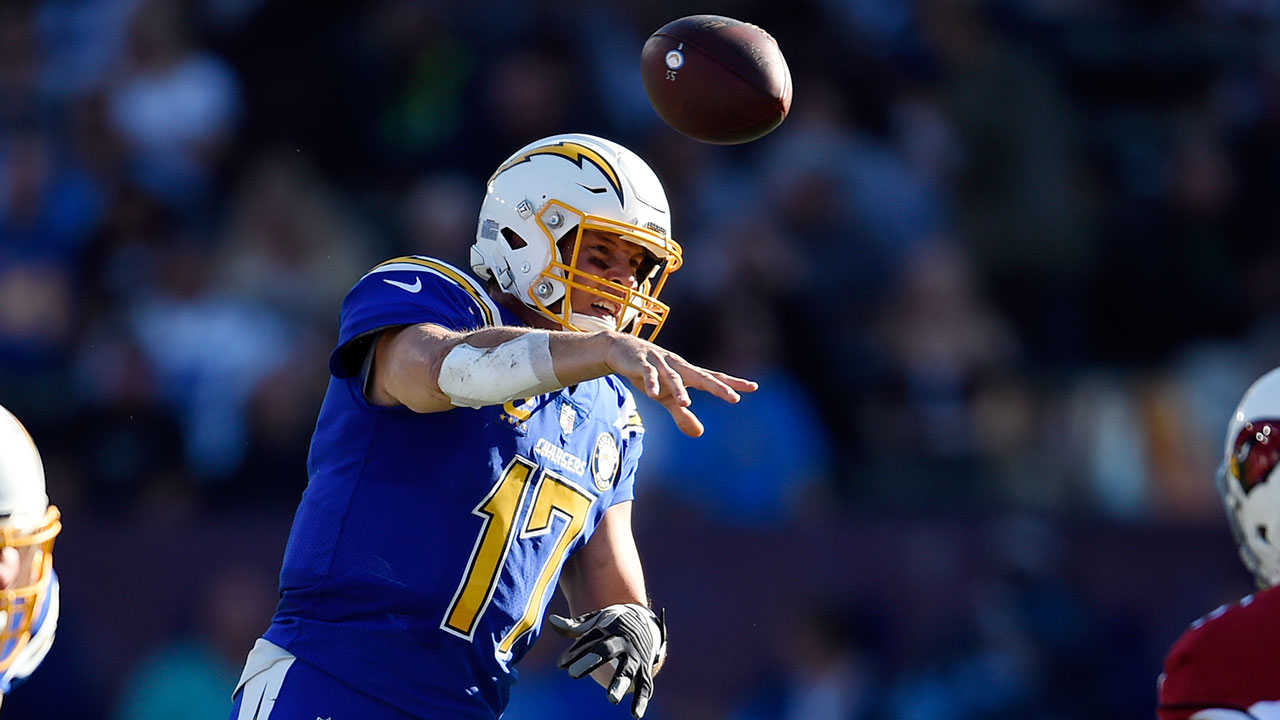 Chargers quarterback Philips Rivers set a record for most consecutive completions to start a game in LAs 45-10 win over the Arizona Cardinals on Nov. 25, 2018.