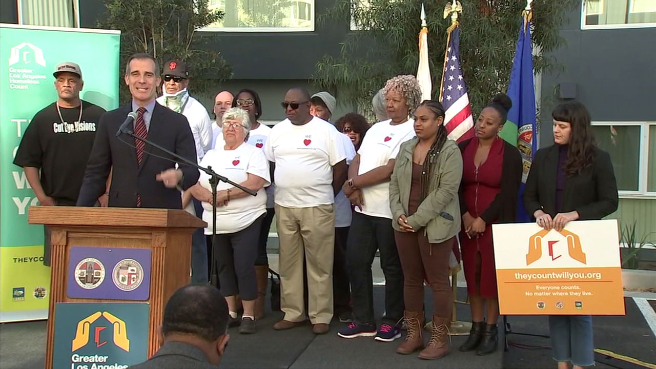 Los Angeles Mayor Eric Garcetti and advocates call for volunteers to help count the homeless in Los Angeles County.