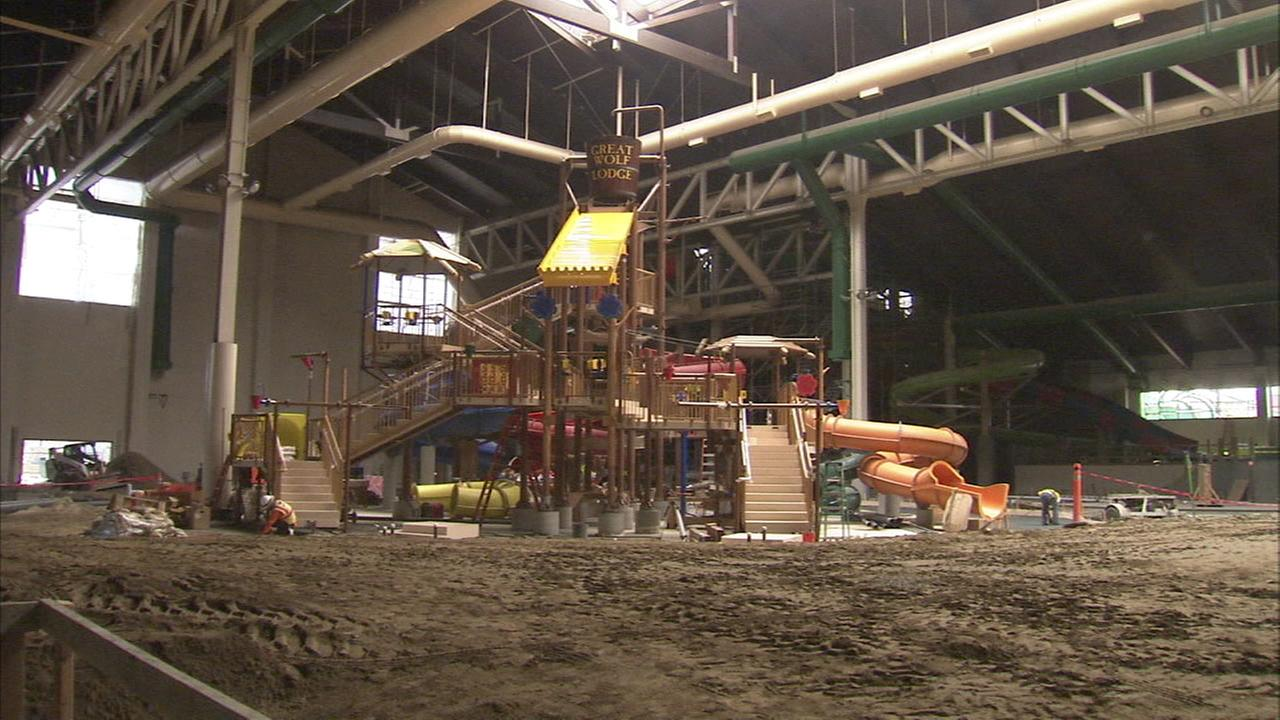 Great Wolf Lodge in Garden Grove looking to fill 700 jobs | abc7.com