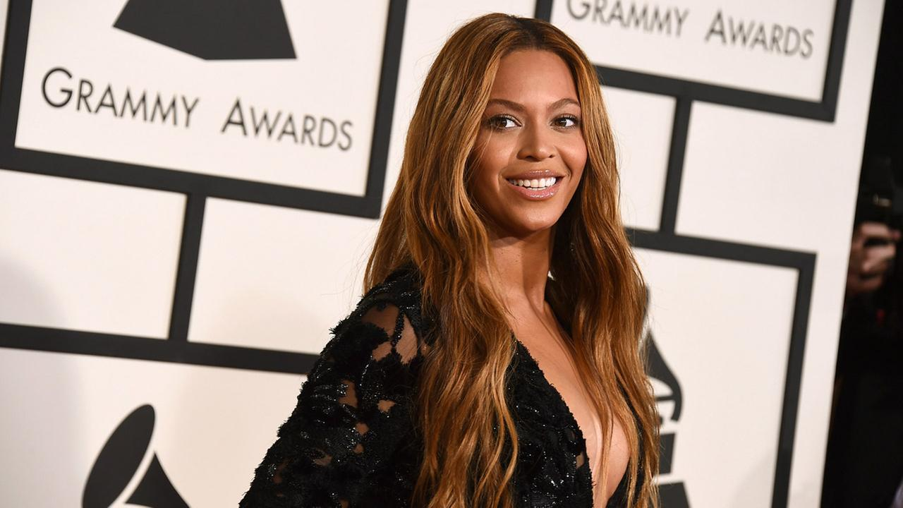 Beyonce arrives at the 57th annual Grammy Awards at the Staples Center on Sunday, Feb. 8, 2015, in Los Angeles.