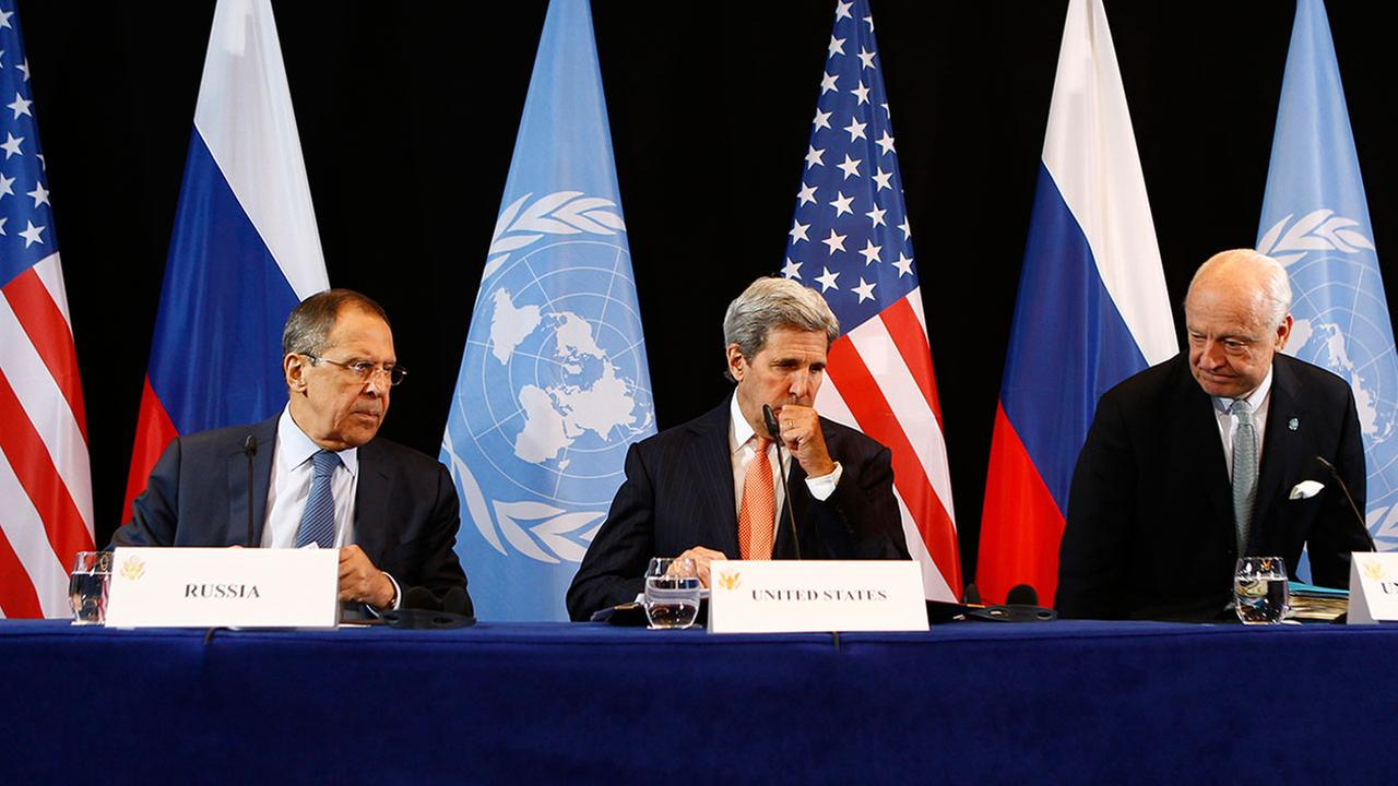 U.S. Secretary of State John Kerry, center, Russian Foreign Minister Sergey Lavrov, left, and UN Special Envoy for Syria Staffan de Mistura, right, announce Syria ceasefire.