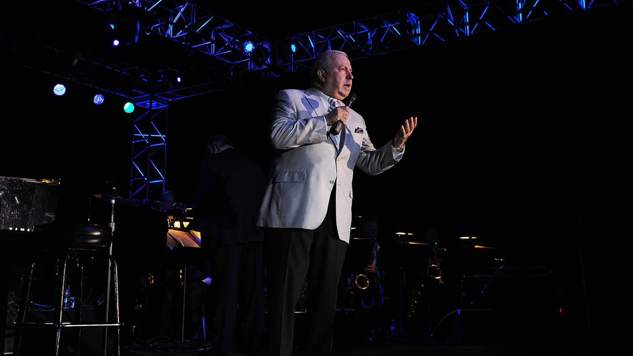 Frank Sinatra Jr., pictured here at a 2012 performance in Coconut Creek, Florida, has died at age 72.