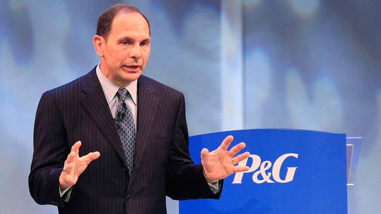 Former Procter and Gamble chief executive Robert A. McDonald speaks at the companies annual shareholders meeting, Tuesday, Oct. 11, 2011, in Cincinnati.