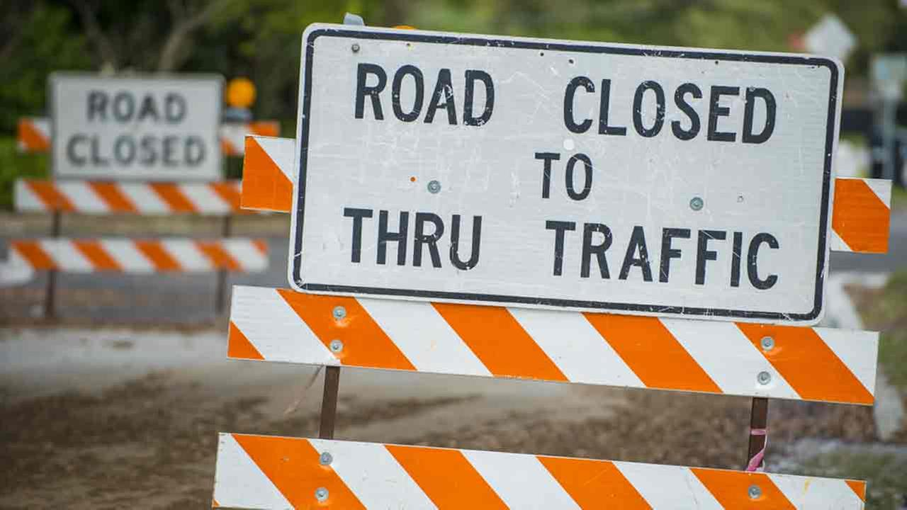 100816-kabc-shutterstock-road-closure-img