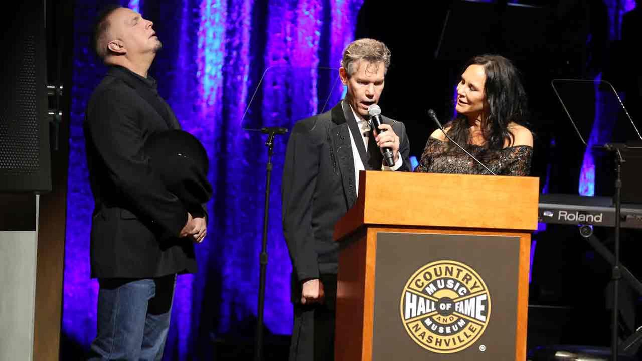 Randy Travis sings Amazing Grace at the Country Music Hall of Fame Medallion Ceremony at the Country Music Hall of Fame and Museum on Sunday, October 16, 2016.
