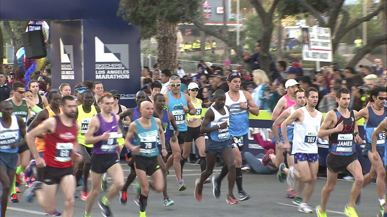 The right diet and mental attitude can help runners with the upcoming Los Angeles Marathon.