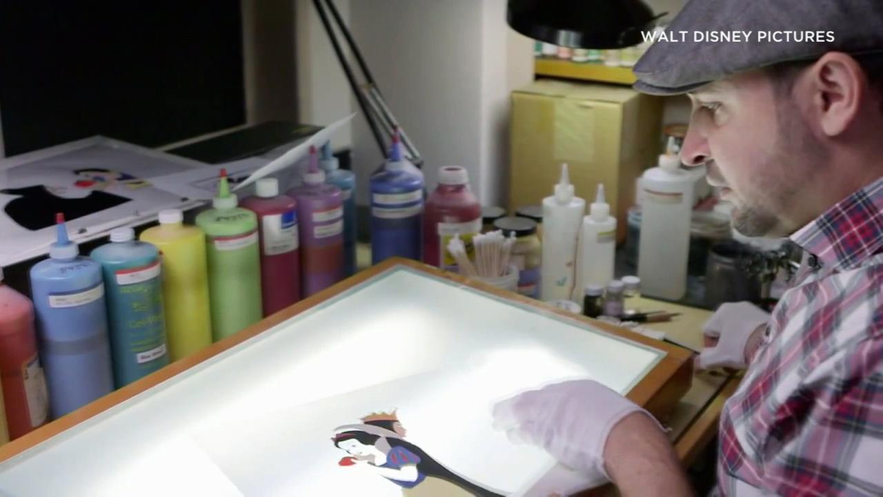Disney Ink and Paint artist Antonio Pelayo will have his work on display in a retrospective exhibition at Plaza de la Raza.