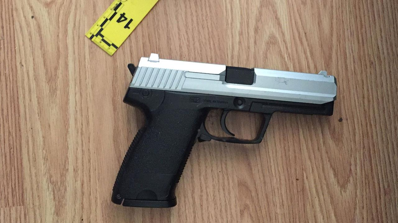 Photo of a replica firearm Burbank police said Marco Cordoza pointed at South Pasadena investigators before they shot him.