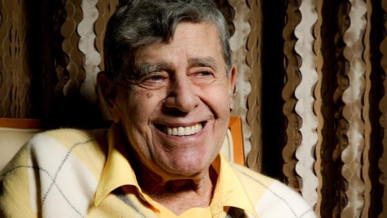 In this Aug. 24, 2016 photo, comedian Jerry Lewis smiles during an interview at the Four Seasons Hotel in Los Angeles.
