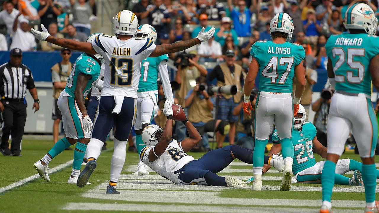 Los Angeles Chargers tight end Antonio Gates makes a touchdown catch, breaking the record for touchdown receptions by a tight end in NFL history, in Sundays 19-17 loss to Miami.