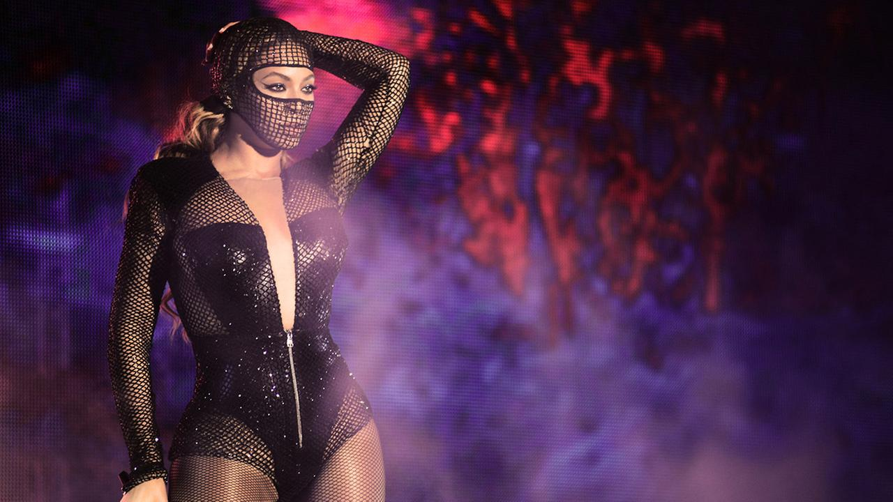 Beyonce performs during the Beyonce and Jay Z - On the Run tour at AT&T Park on Tuesday, Aug. 5, 2014, in San Francisco.