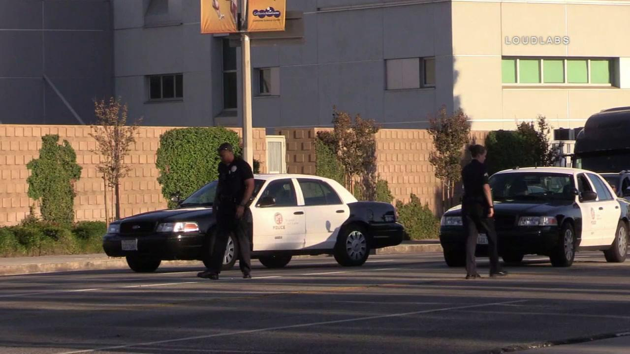 Police investigate a road-rage shooting near Kaiser hospital in Panorama City on Sunday, Oct. 15, 2017.