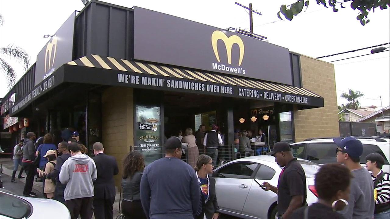 Hollywood Restaurant Transforms Into Mcdowell S From