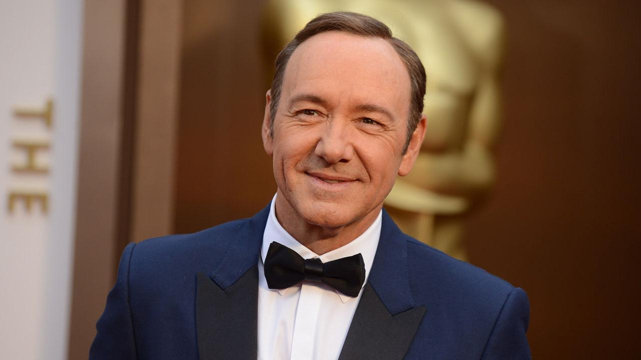 Kevin Spacey arrives at the Oscars on Sunday, March 2, 2014, at the Dolby Theatre in Los Angeles.