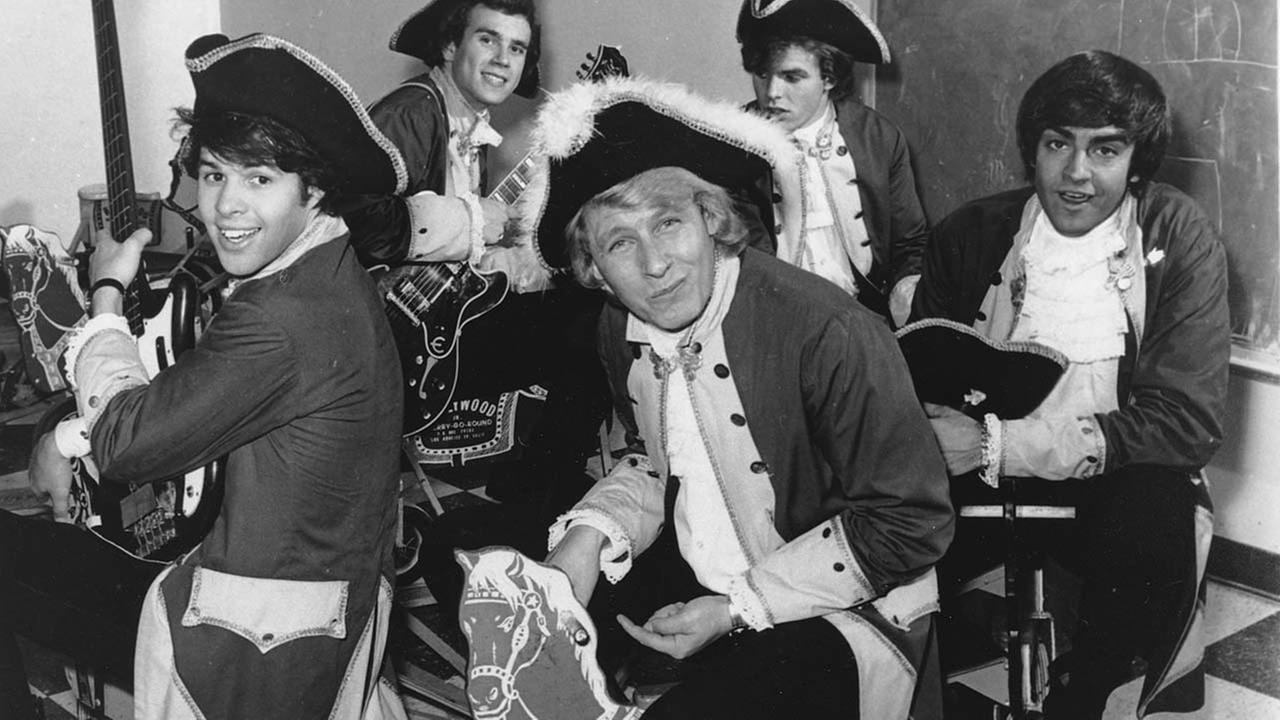 Paul Revere, the organist and leader of the Raiders rock band, has died. He was 76.