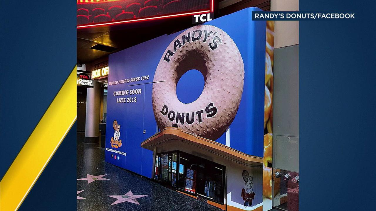Randys Donuts plans to open a new location on Hollywood Boulevard.