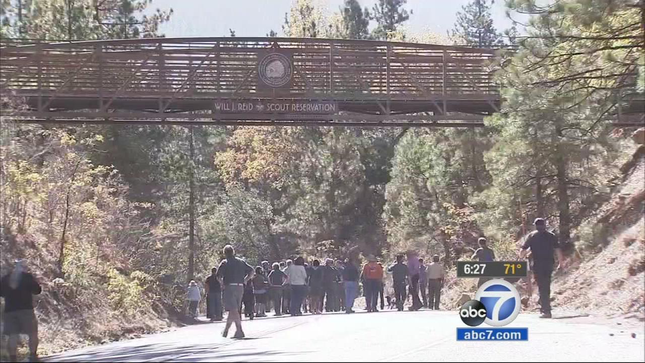 A pedestrian bridge has been put into place at Camp Tahquitz in the San Bernardino Mountains, aiming to make crossing Highway 38 safer for everyone.
