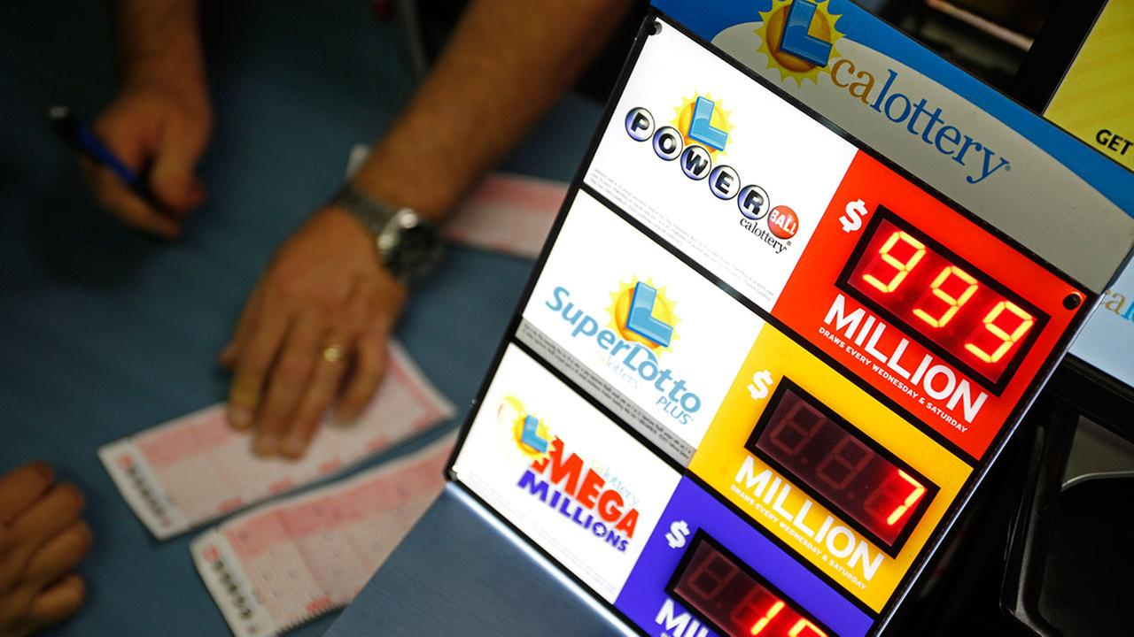 A man walked away with $750,000 after winning a $10 California Lottery Scratchers game inside a Panorama City store.