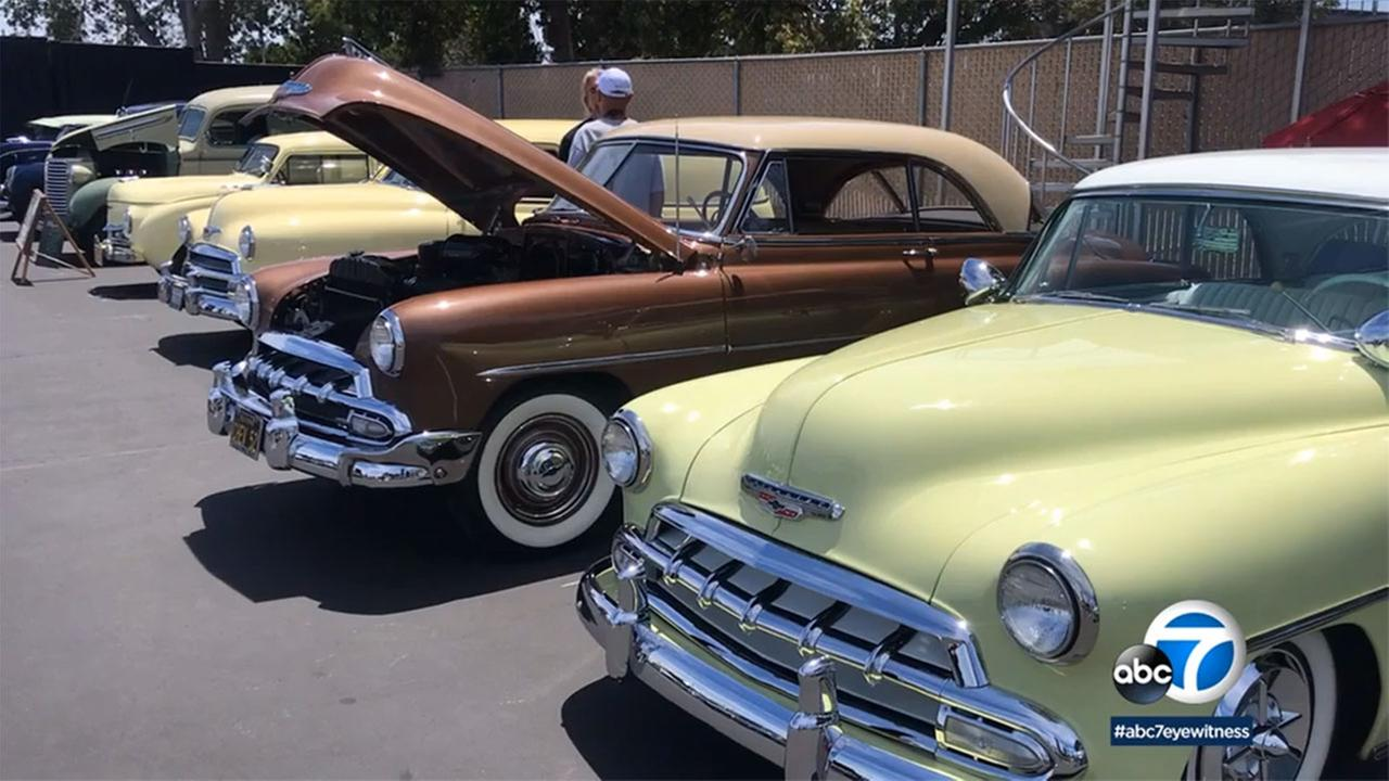 More than 500 car enthusiasts flocked to the San Pedro Pirate Booster Car Show, which fills in the gaps when funding is cut for San Pedro High School athletics.
