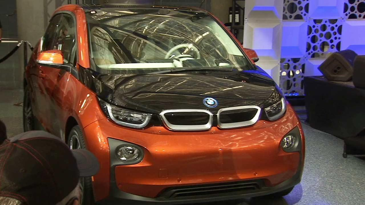 BMWs plug-in i3 electric car was named the greenest car of the year by Green Car Journal.