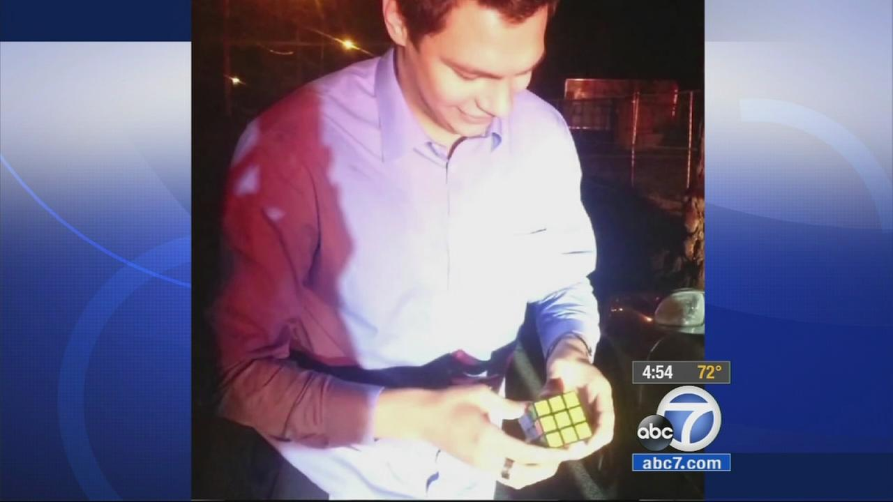 A smooth-talking magician in upstate New York got out of a speeding ticket after dazzling officers by solving the Rubiks Cube in a second.