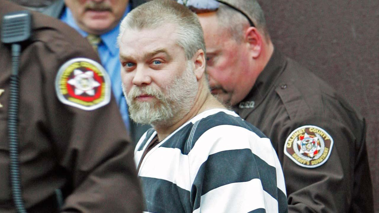 Steven Avery is escorted out of the Manitowoc County Courthouse after his initial appearance in this Nov. 15, 2005 file photo, in Manitowoc, Wis.