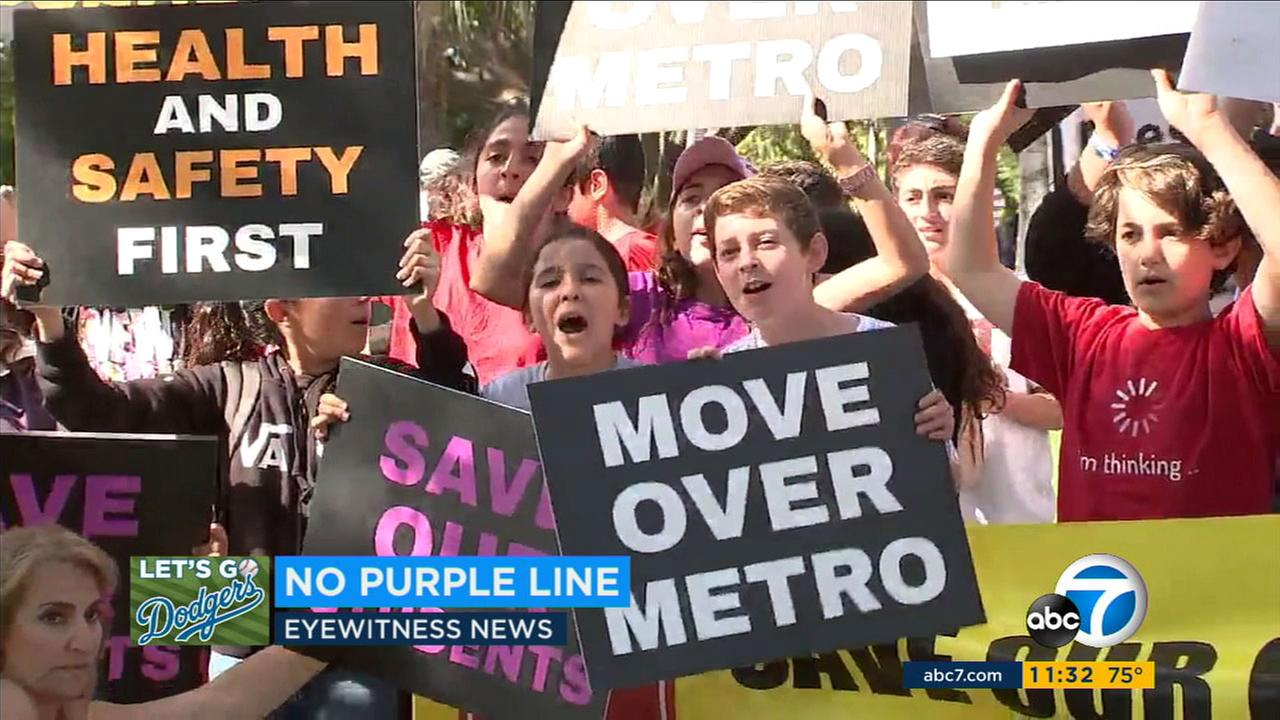 Hundreds of Beverly Hills students walked out of school to protest tunneling planned for the extension of Metros Purple Line.