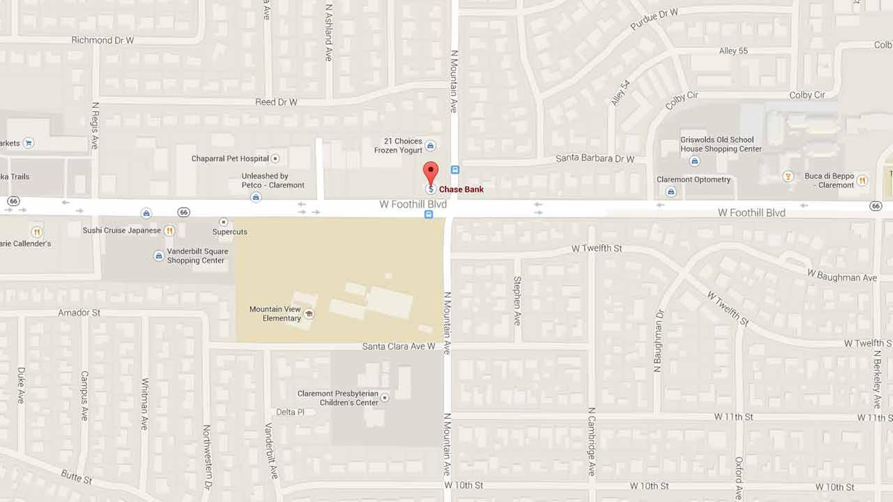 Claremont Chase bank robbery suspect wore knee ce, walked with ... on
