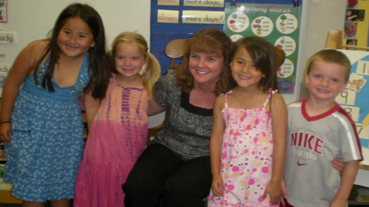 Kristyn Fletcher, a teacher at Cordillera Elementary School in Mission Viejo, appears with her kindergarten students in this undated file photo.