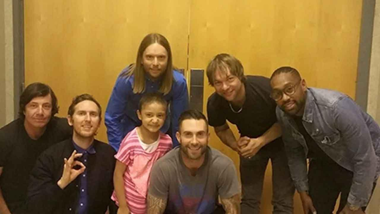A 5-year-old girl battling kidney cancer scored tickets to the Maroon 5 concert at the Honda Center Monday night and even got to meet her own real-life superhero Adam Levine.
