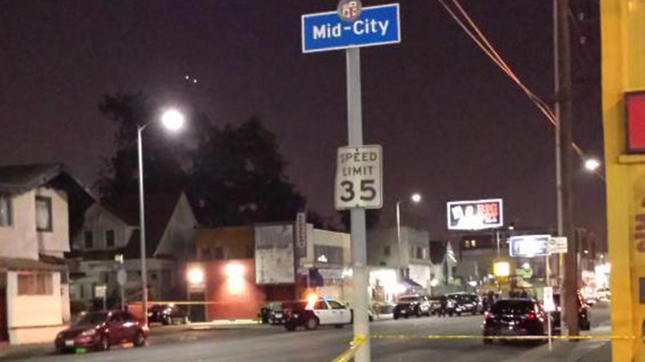 Woman fatally shot in head outside Mid-City Los Angeles bar & Woman fatally shot in head outside Mid-City Los Angeles bar | abc7.com