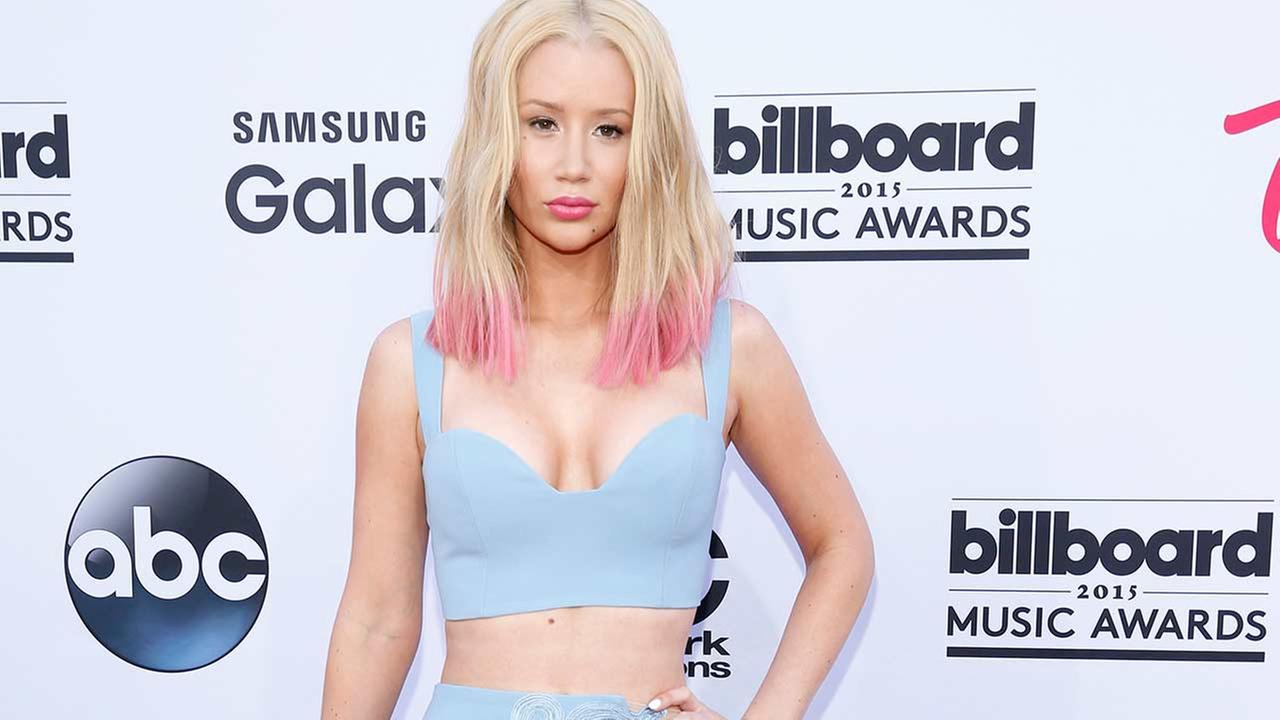 Iggy Azalea arrives at the Billboard Music Awards at the MGM Grand Garden Arena on Sunday, May 17, 2015, in Las Vegas.