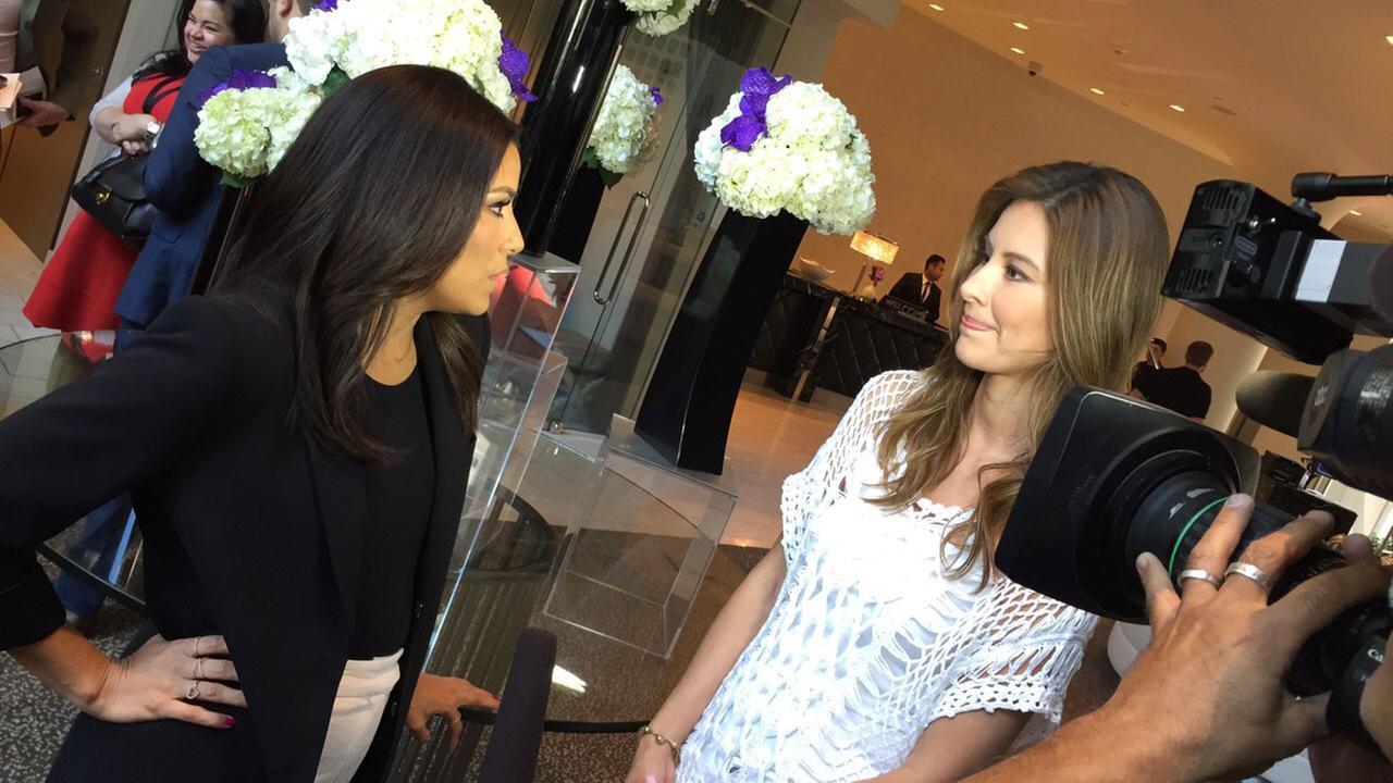 Vista L.A.s Patricia Lopez talks to Eva Longoria.