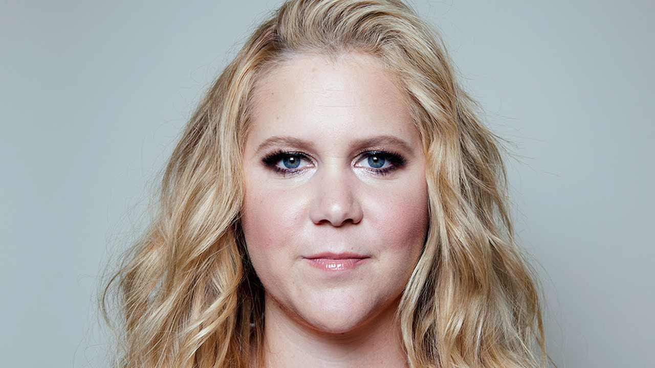 In this Sunday, June 28, 2015 photo, Amy Schumer poses for a portrait at the Fairmont Miramar Hotel and Bungalows in Santa Monica, Calif.