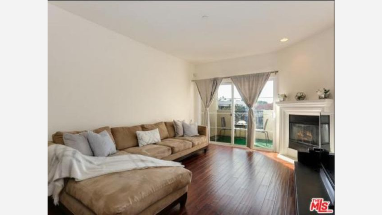 What Does $1,700 Rent You In Sherman Oaks, Today?
