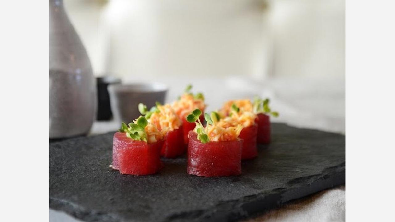 'Maru Sushi Bar' opens in Chatsworth