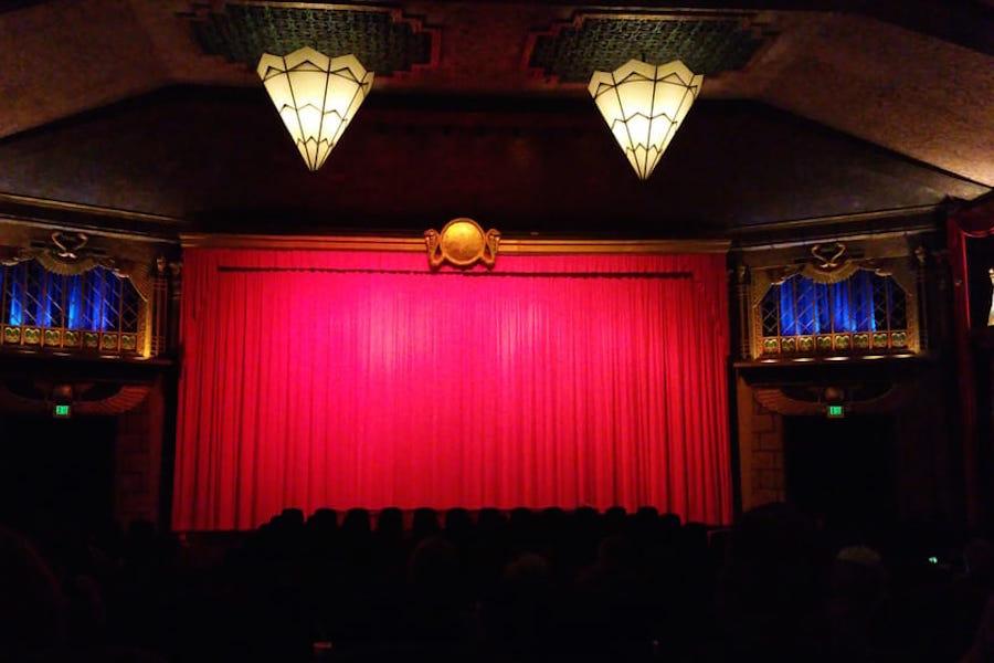 Vista Theatre. | Photo: Sigmund W./Yelp