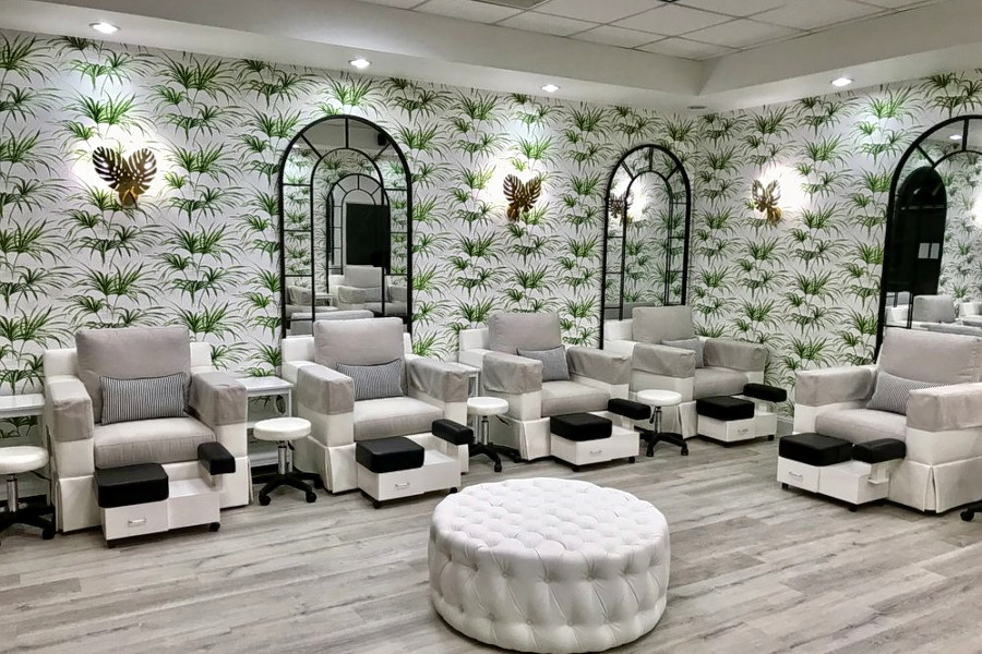 Natura Nail Spa. | Photo: Tomas C./Yelp