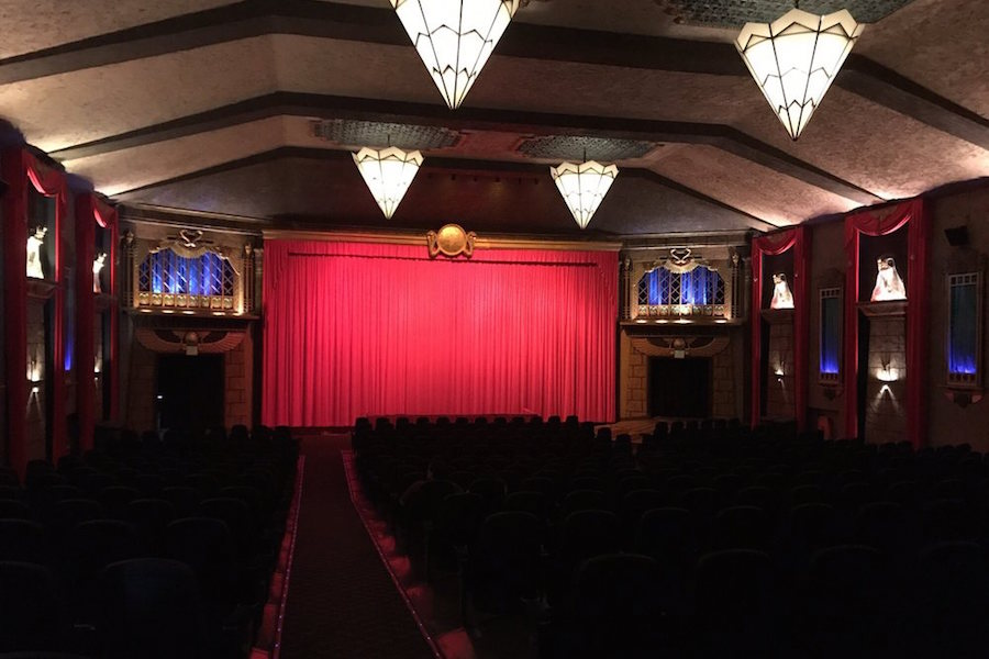 Vista Theatre. | Photo: Dora H./Yelp