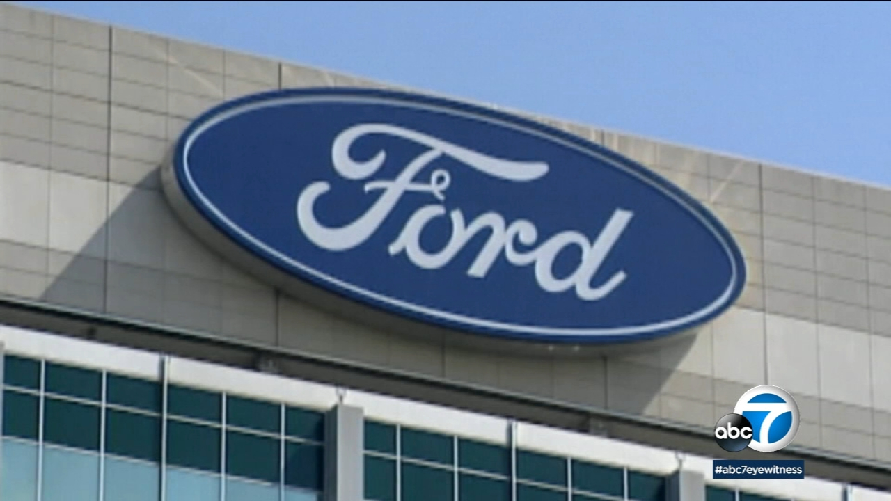 Ford is recalling more than 953,000 vehicles worldwide to replace Takata passenger air bag inflators that can explode and hurl shrapnel.