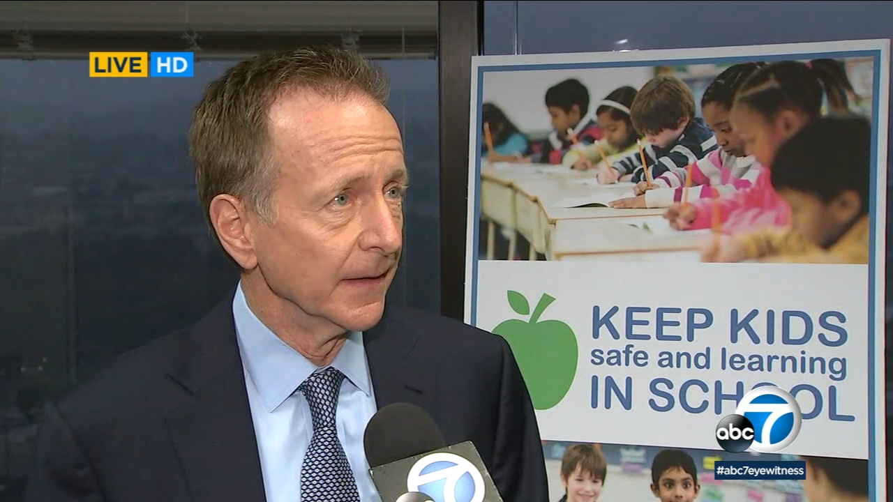 LAUSD Superintendent Austin Beutner speaks to ABC7 as the first day of the teachers strike came to a close on Monday, Jan. 14, 2019.