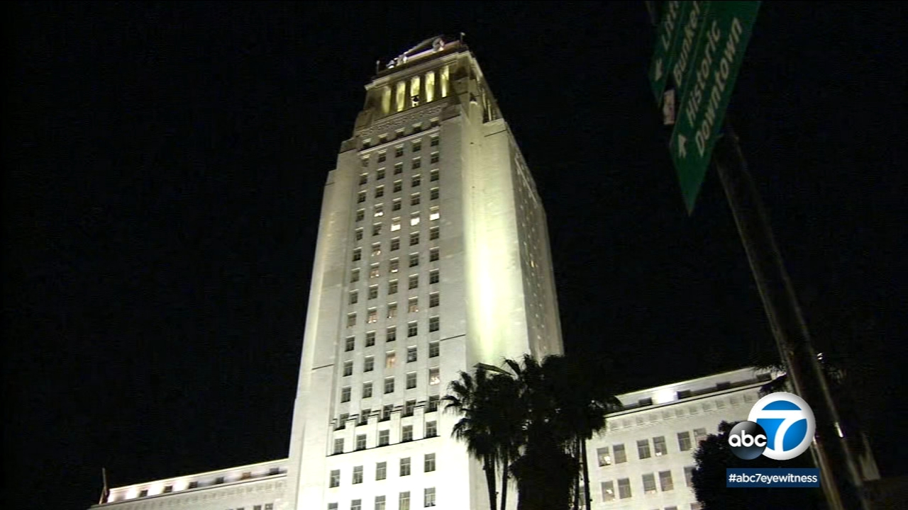 A typhus outbreak has Los Angeles city officials looking at taking out all the carpets in City Hall and City Hall East.