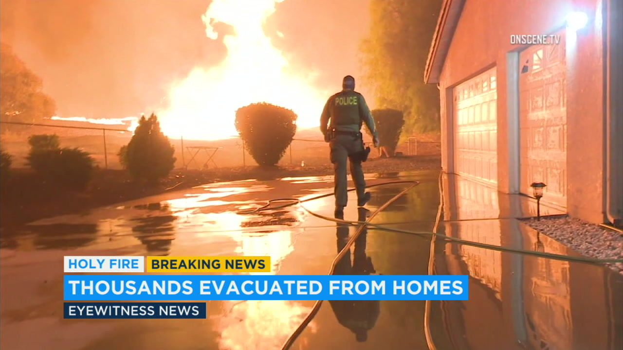 Lake Elsinore residents react to Holy Fire evacuation orders
