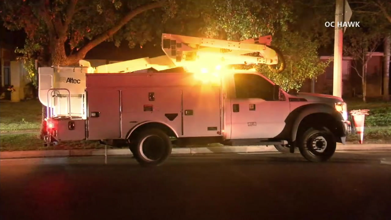 Electrical vault fire causes thousands to lose power in Riverside