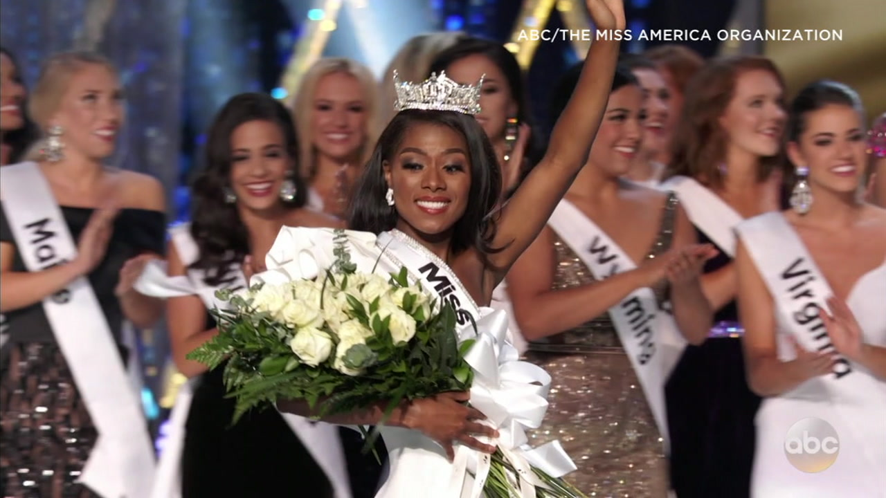 Miss New York Nia Franklin has been named 2019 Miss America in a revamped pageant that for the first time included no swimsuit competition.